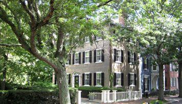 Chestnut St. Salem
